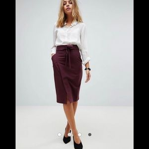 NWOT ASOS PETITE Pencil Skirt With Tie
